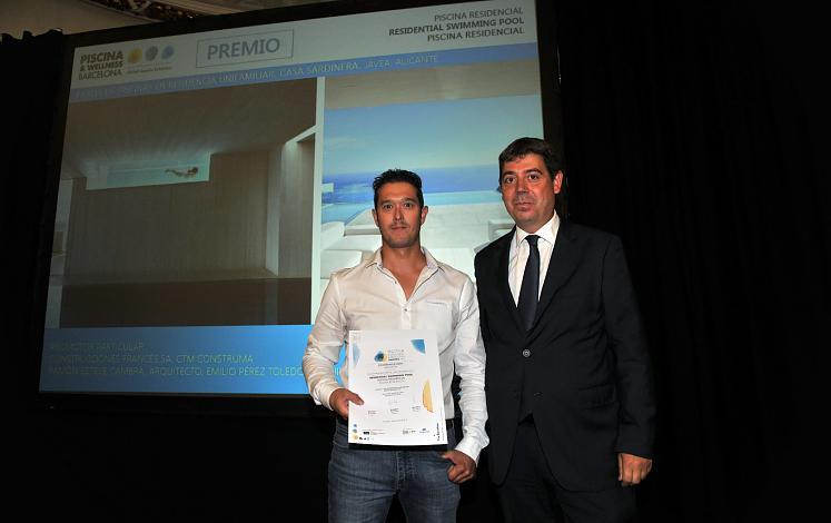 PREMIO A LA MEJOR PISCINA RESIDENCIAL EN: PISCINA & WELLNESS BARCELONA AWARDS 2015
